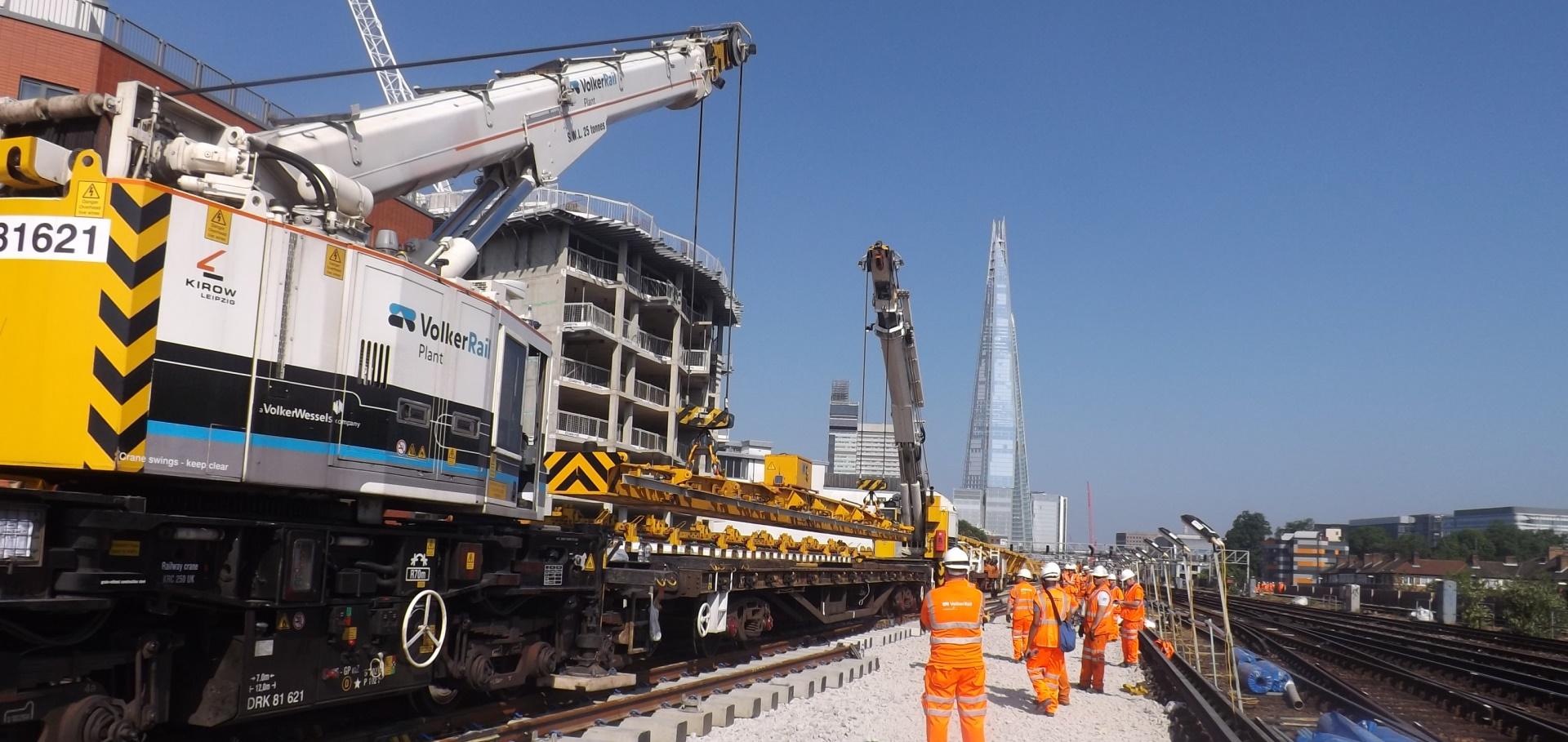 Kirow 250    810   1200 Rail Mounted Cranes